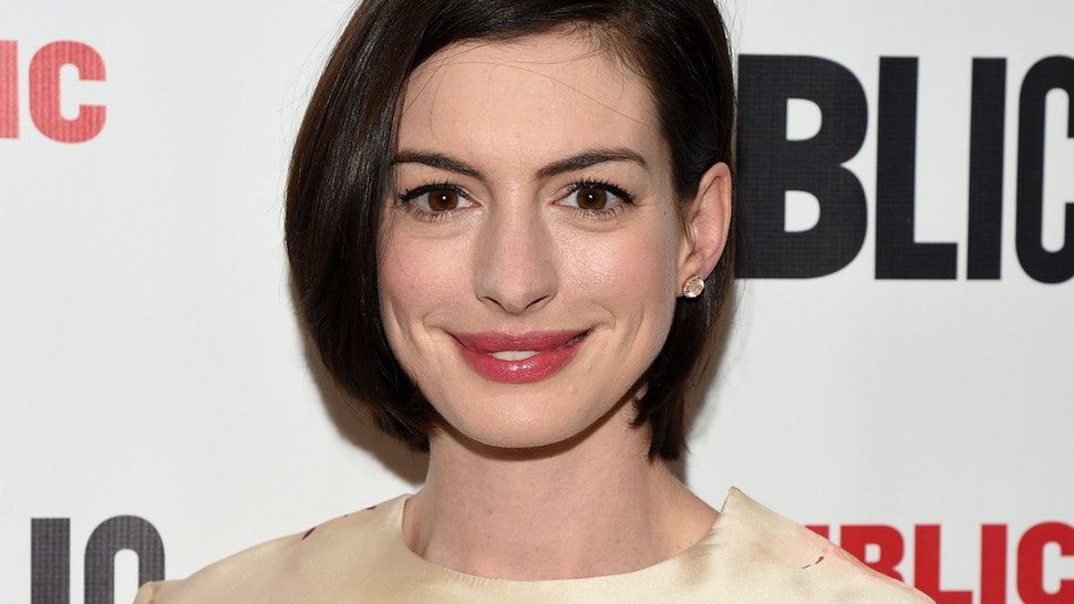 Anne Hathaway Confirms Taylor Swift Jake Gyllenhaal Dated About 5