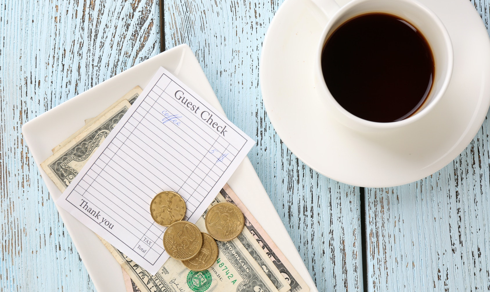 Should I Tip For Coffee? 17 Pieces Of Tipping Etiquette