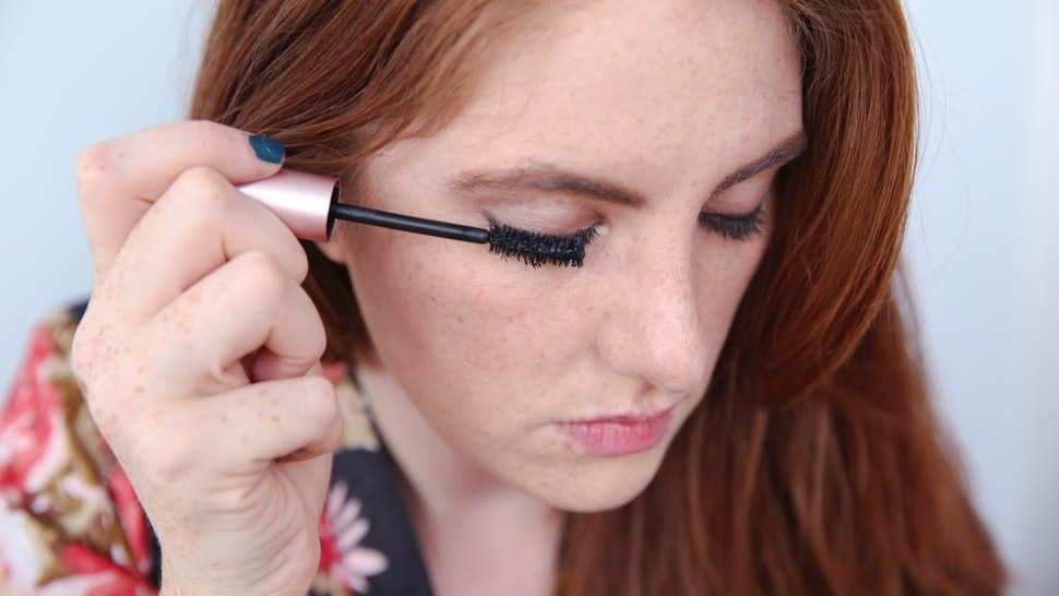 6305eadadf8 The One Thing To Do For Perfect Lashes Is More Important Than You Think —  PHOTOS
