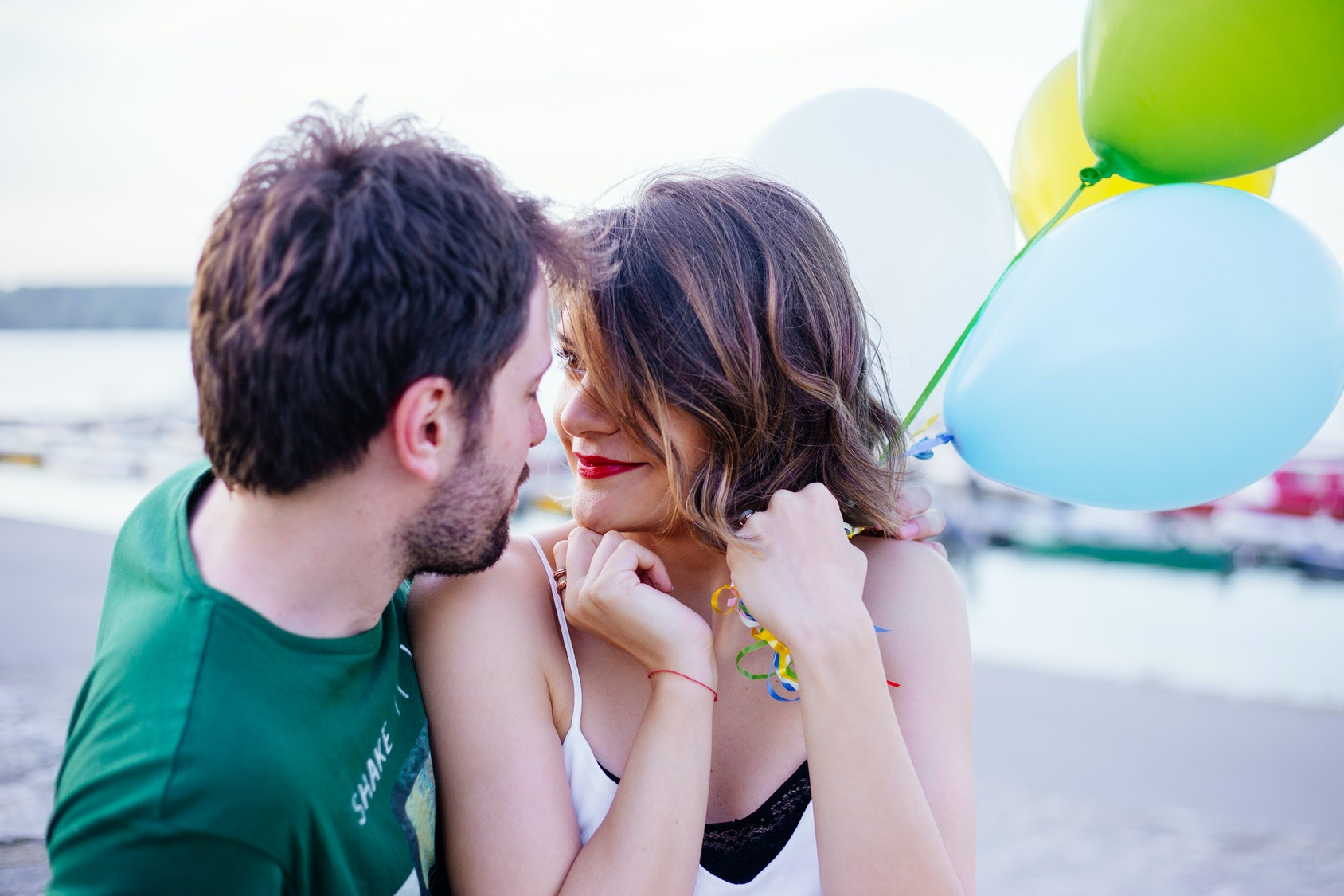 5 physiological signs that you are in love