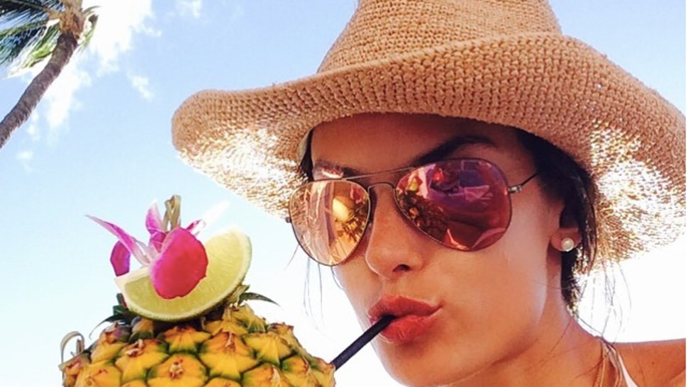 3a467c1ca9c 9 Hat And Sunglasses Combinations You Should Try This Summer