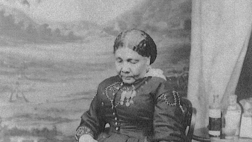 8 Overlooked Female Medical Pioneers