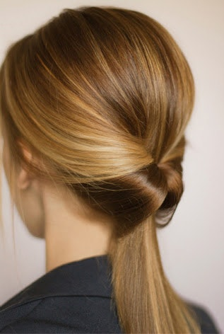 5 Work Hairstyles You Can Do In 3 Simple Steps