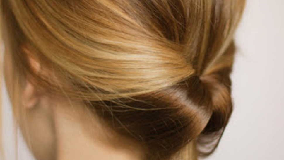 50 Dreamy Wedding Hairstyles For Long Hair: 5 Work Hairstyles You Can Do In 3 Simple Steps