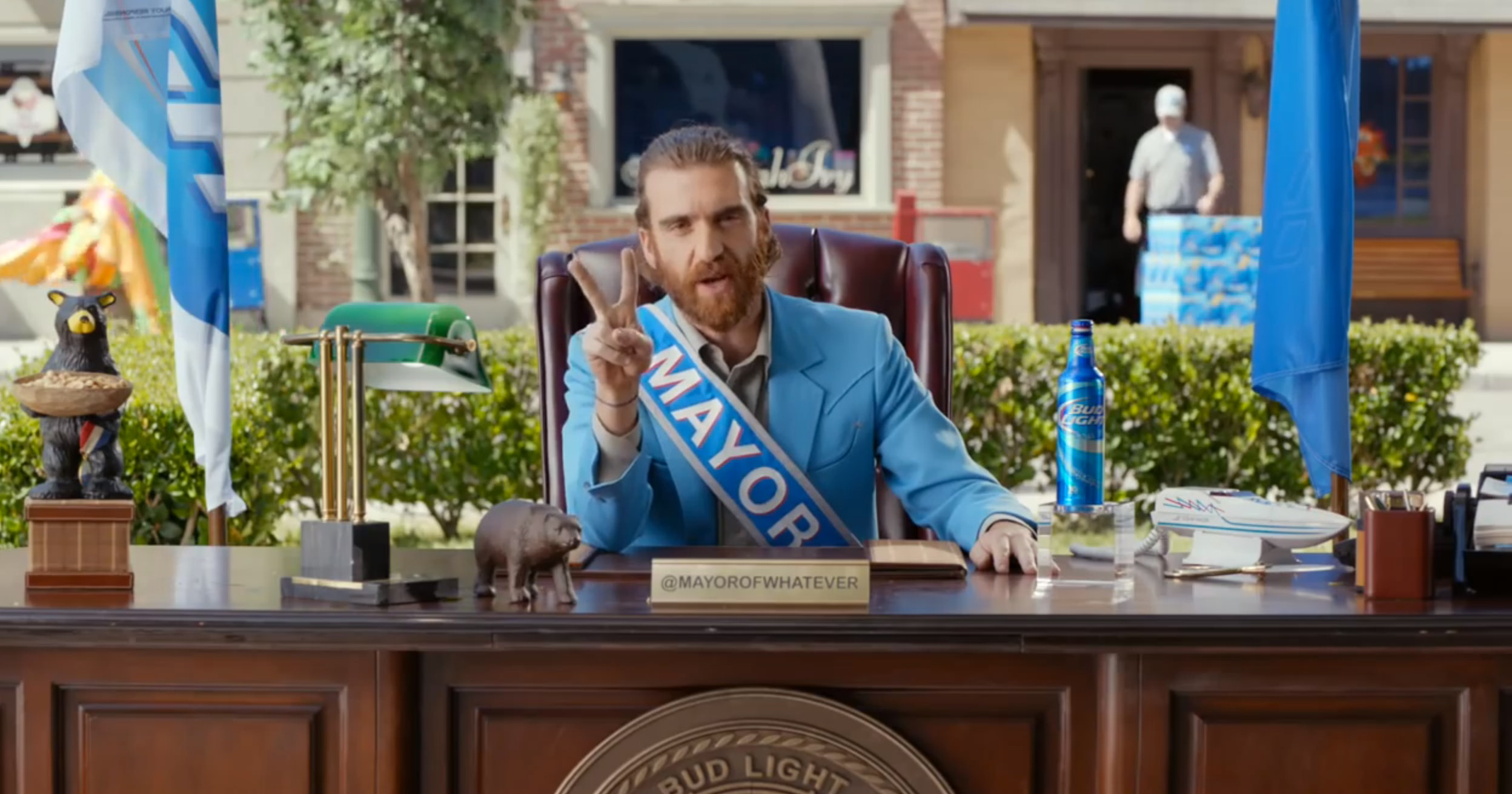 Who plays the mayor of whatever usa in those bud light ads who plays the mayor of whatever usa in those bud light ads wolverine sort of aloadofball Gallery
