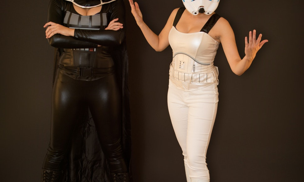 2015 star wars couples costumes so the force may be with you this halloween photos
