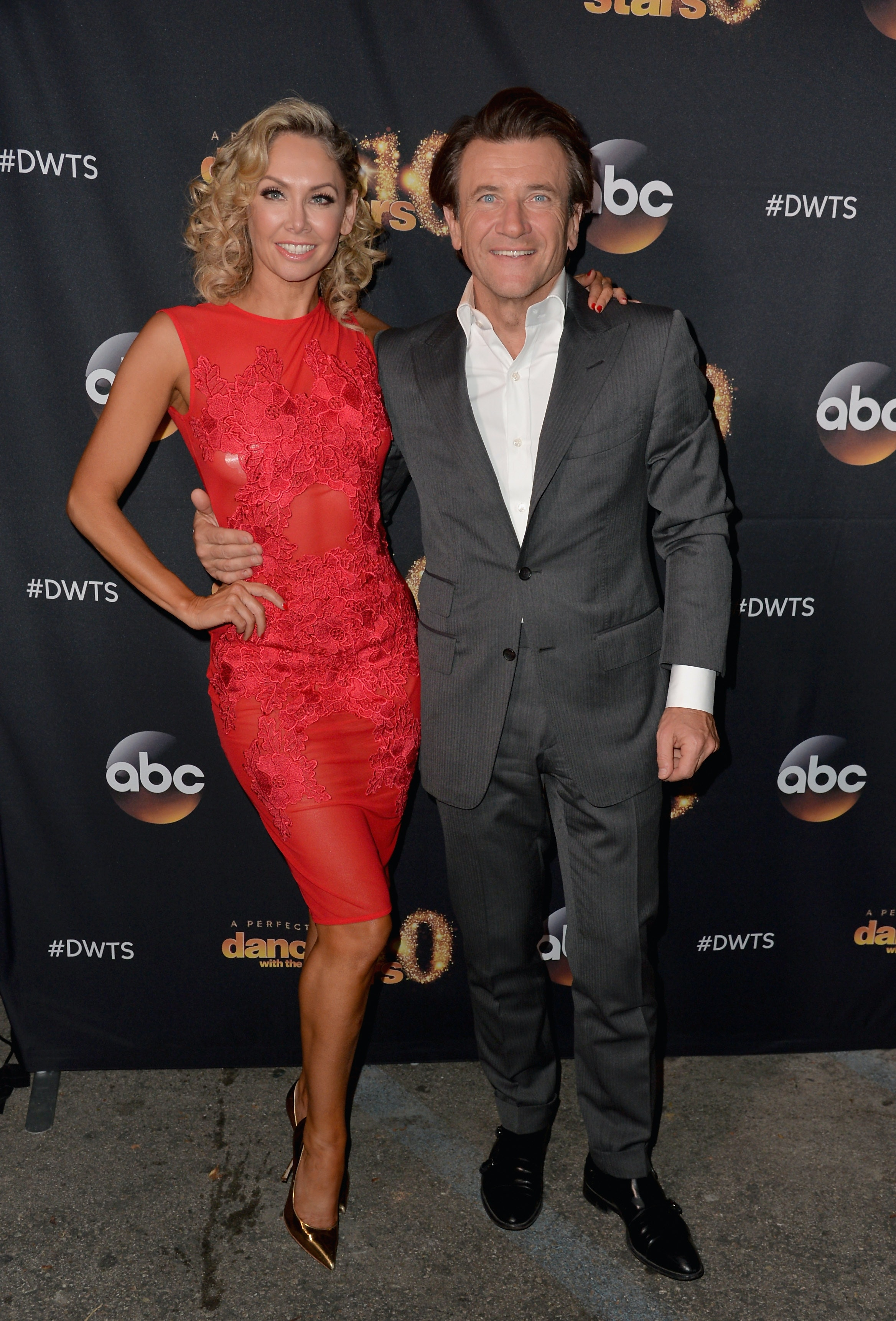 Robert dating dancing with the stars