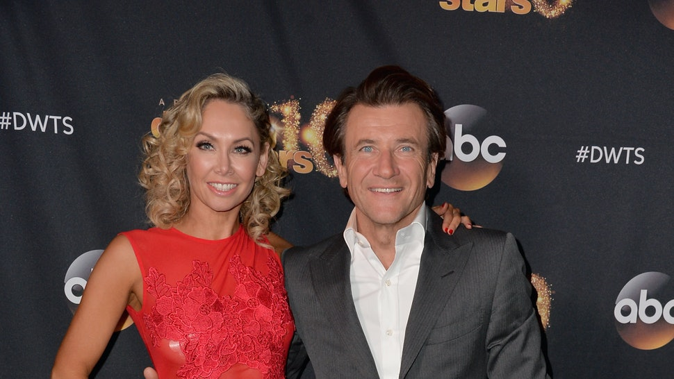 who is dating who on dancing with the stars