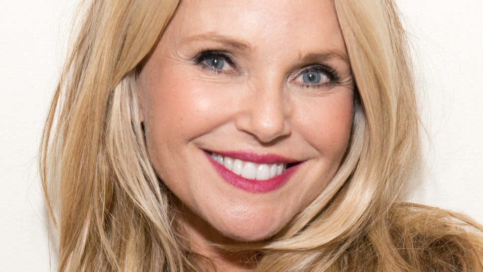 Christie Brinkley S New Skincare Line Will Be Released In March