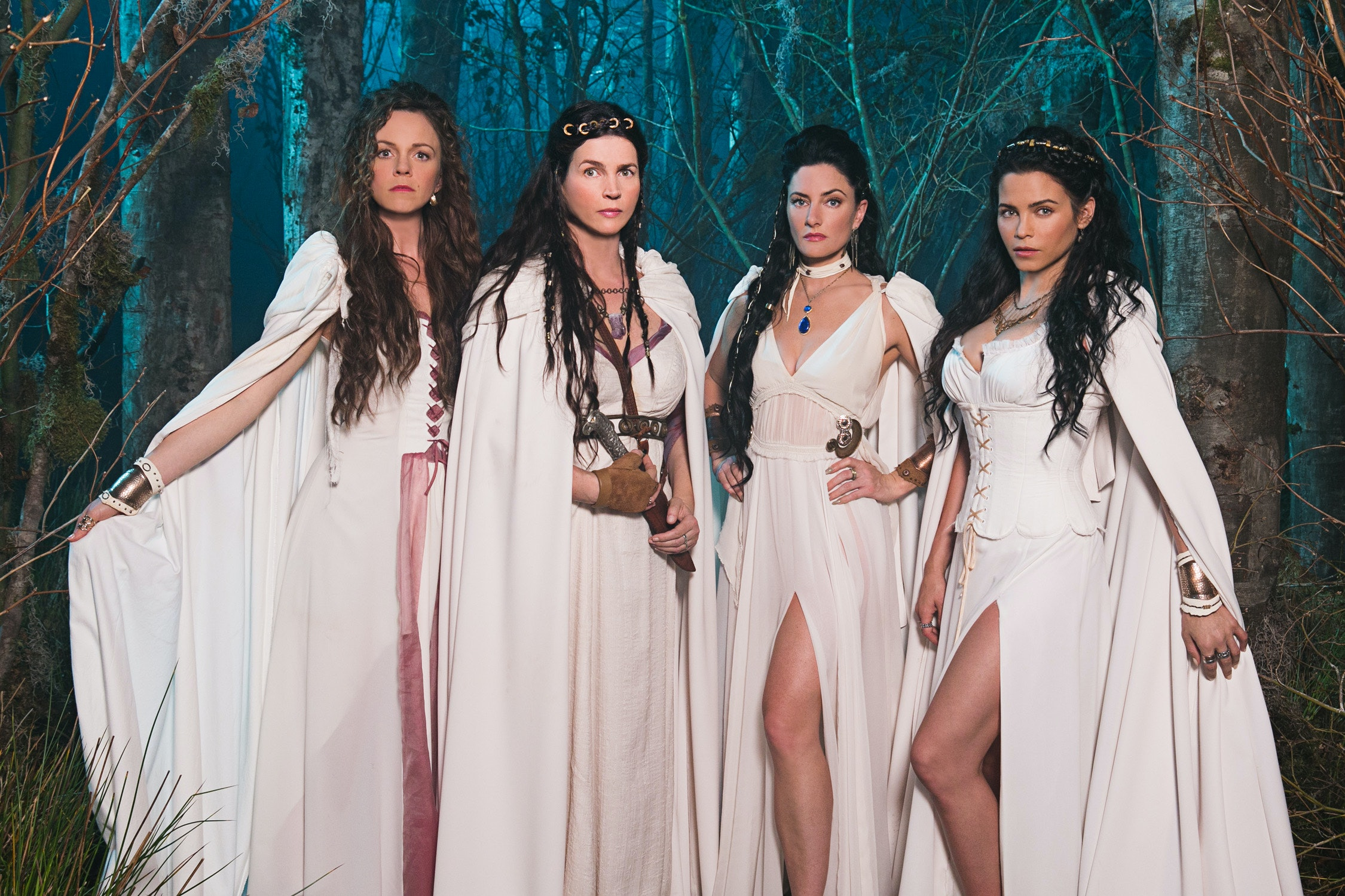 Witches Of East End Is Canceled Proving It Just Couldn T Cast A Spell On Audiences