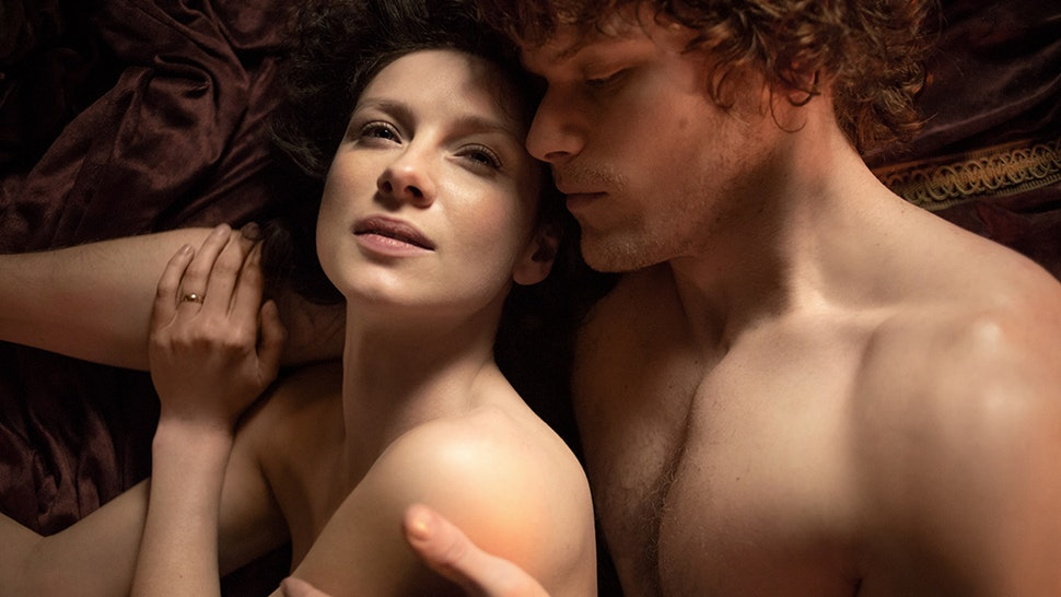 15 TV Sex Scenes That Broke The Mold (& The Bed) In 2015