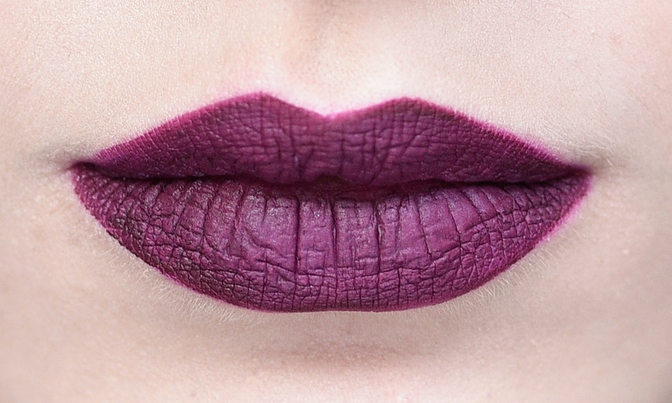 5 essential liquid lipstick tips to follow if you want your pout to