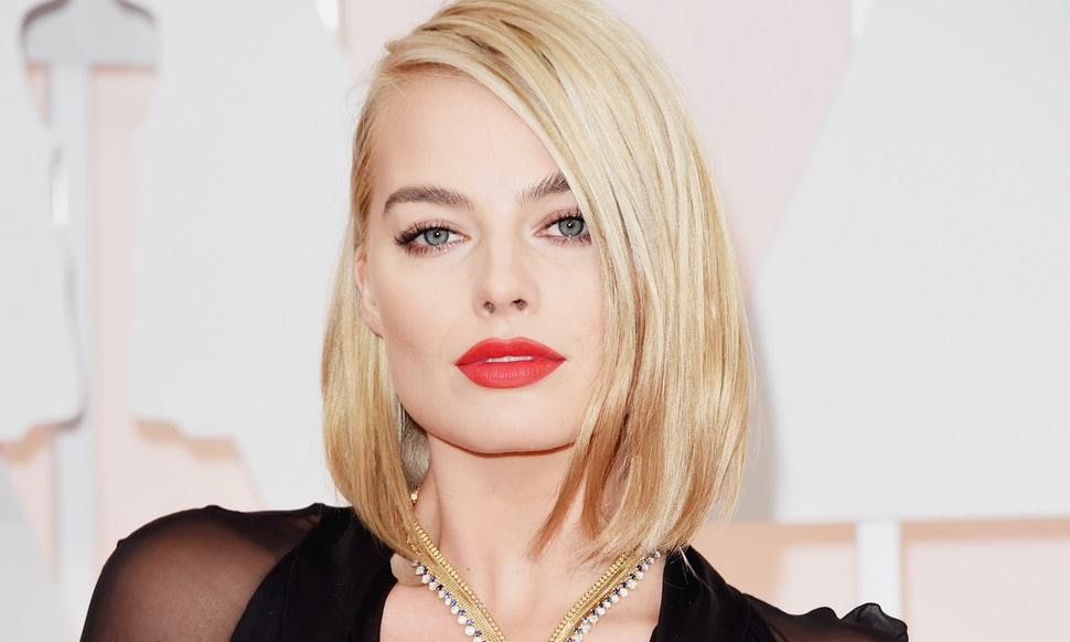 At Oscars 2015 Margot Robbie Debuted Bob Haircut That Outshone Her