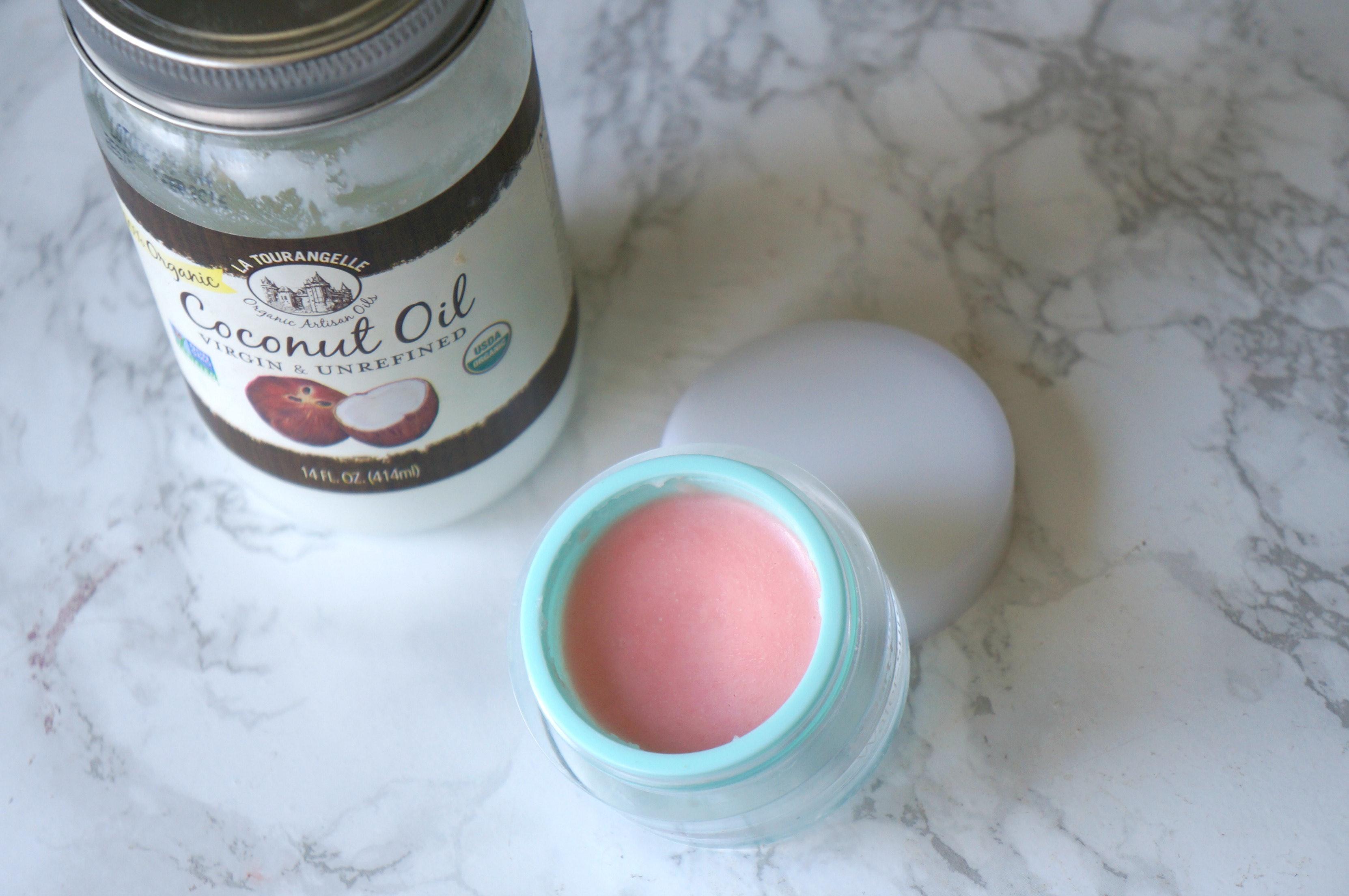 10 DIY Coconut Oil Lip Balms images