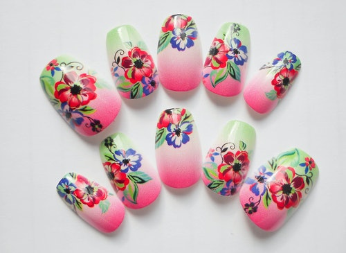 13 Adorable Press On Nail Designs Perfect For Lazy Girls Or Those