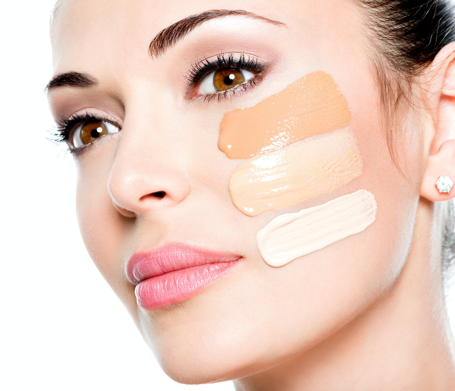 Watch How to Apply Makeup to Dry Skin video
