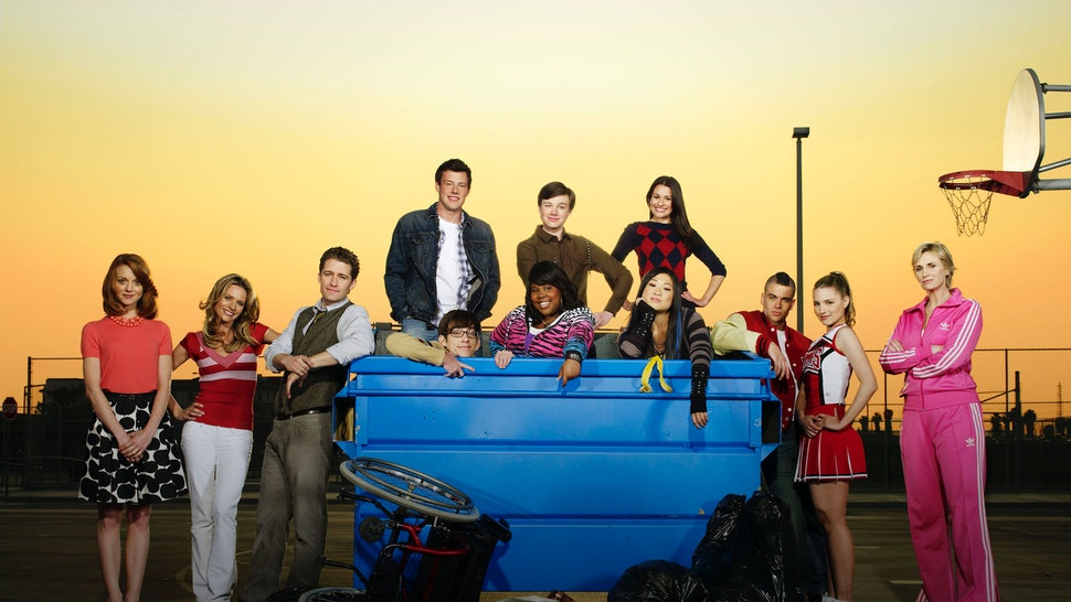 17 Things You Never Noticed In The 'Glee' Pilot Because Mr
