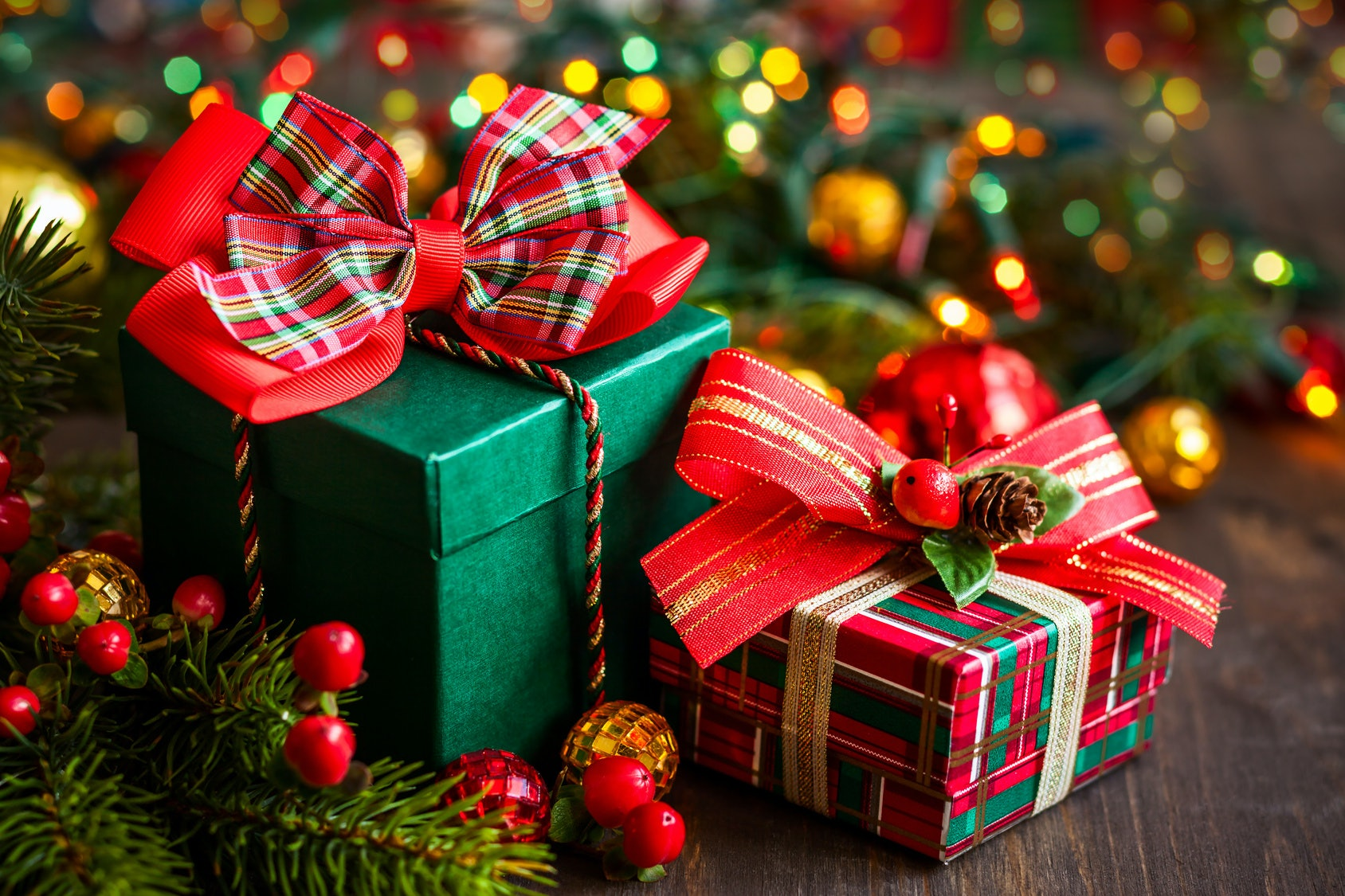 What to Get Someone You Barely Know for Christmas, and 4 Other Gift ...