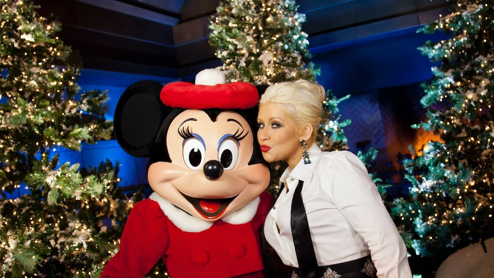 Have Yourself A Merry Little Christmas Christina Aguilera.7 Christina Aguilera Christmas Song Performances That Are