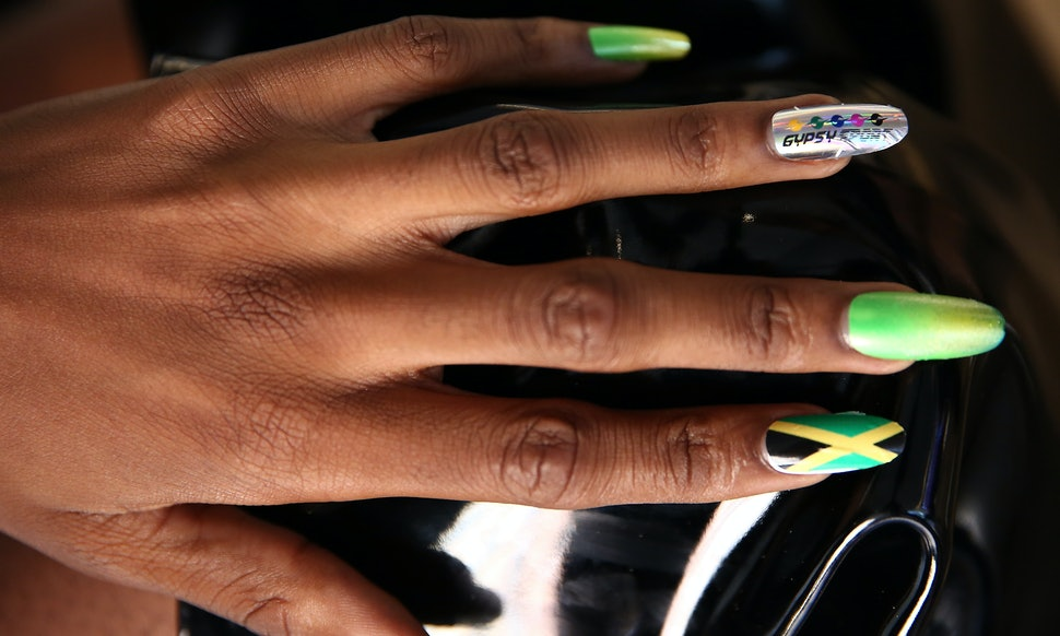 7 Fall Stiletto Nail Trends To Copy If You Want To Slay Your Autumn