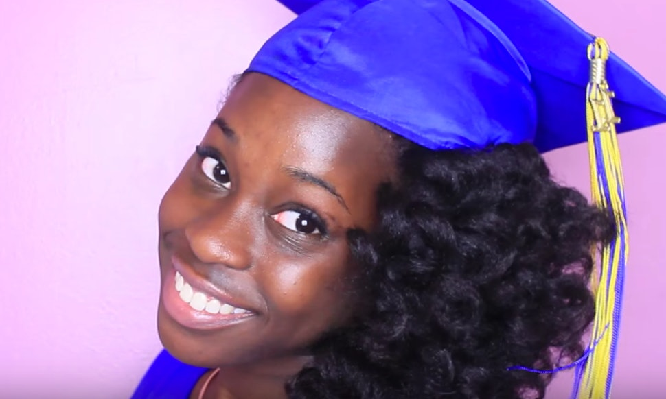 11 Graduation Photo Hair Ideas To Rock With Or Without Your Cap