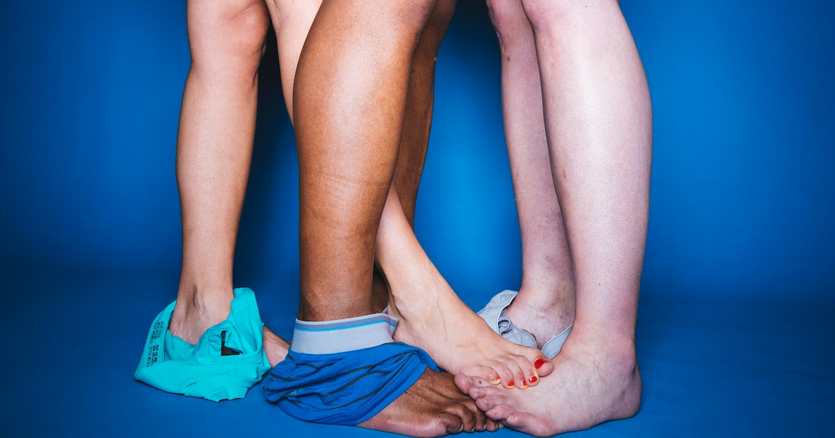 9 Things I Wish I Knew Before I Lost My Threesome Virginity