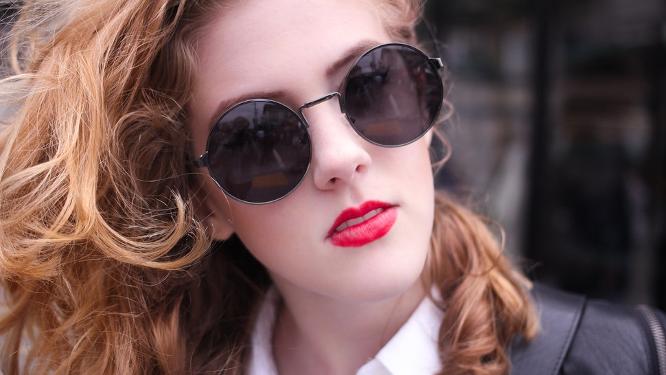 91a694ee193 What Are Summer 2016 s Most Popular Sunglass Styles  They Vary Across The  Country — PHOTOS