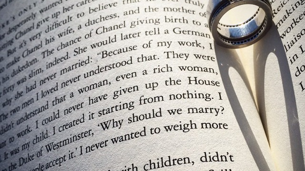 10 Funny Wedding Readings From Literature That Will Have