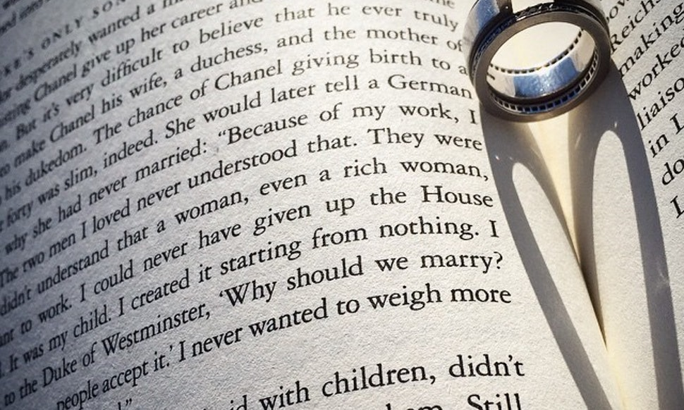 10 Funny Wedding Readings From Literature That Will Have Your Guests ...