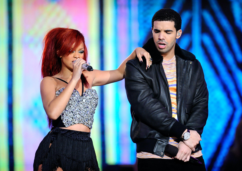 Rihanna dating Drake Hei 5 merket dating