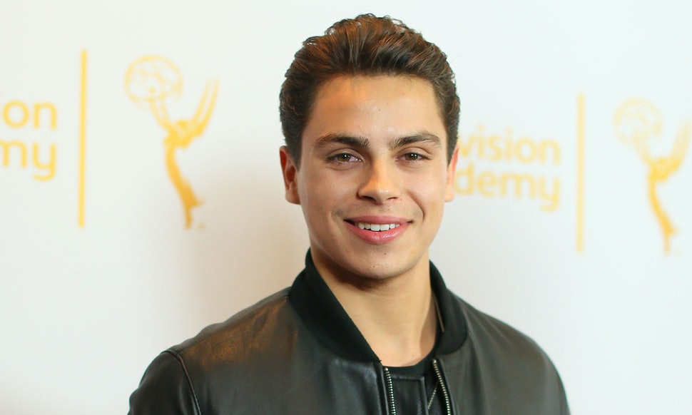Whats jake t austin been doing since wizards of waverly place whats jake t austin been doing since wizards of waverly place hes working hard in hollywood m4hsunfo