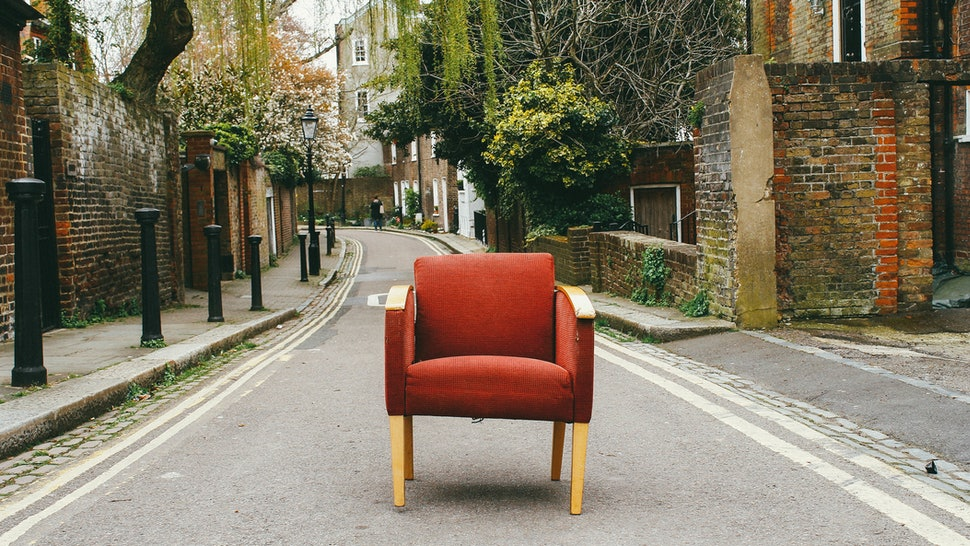 How To Buy Used Furniture You Ll Actually Like Without Spending