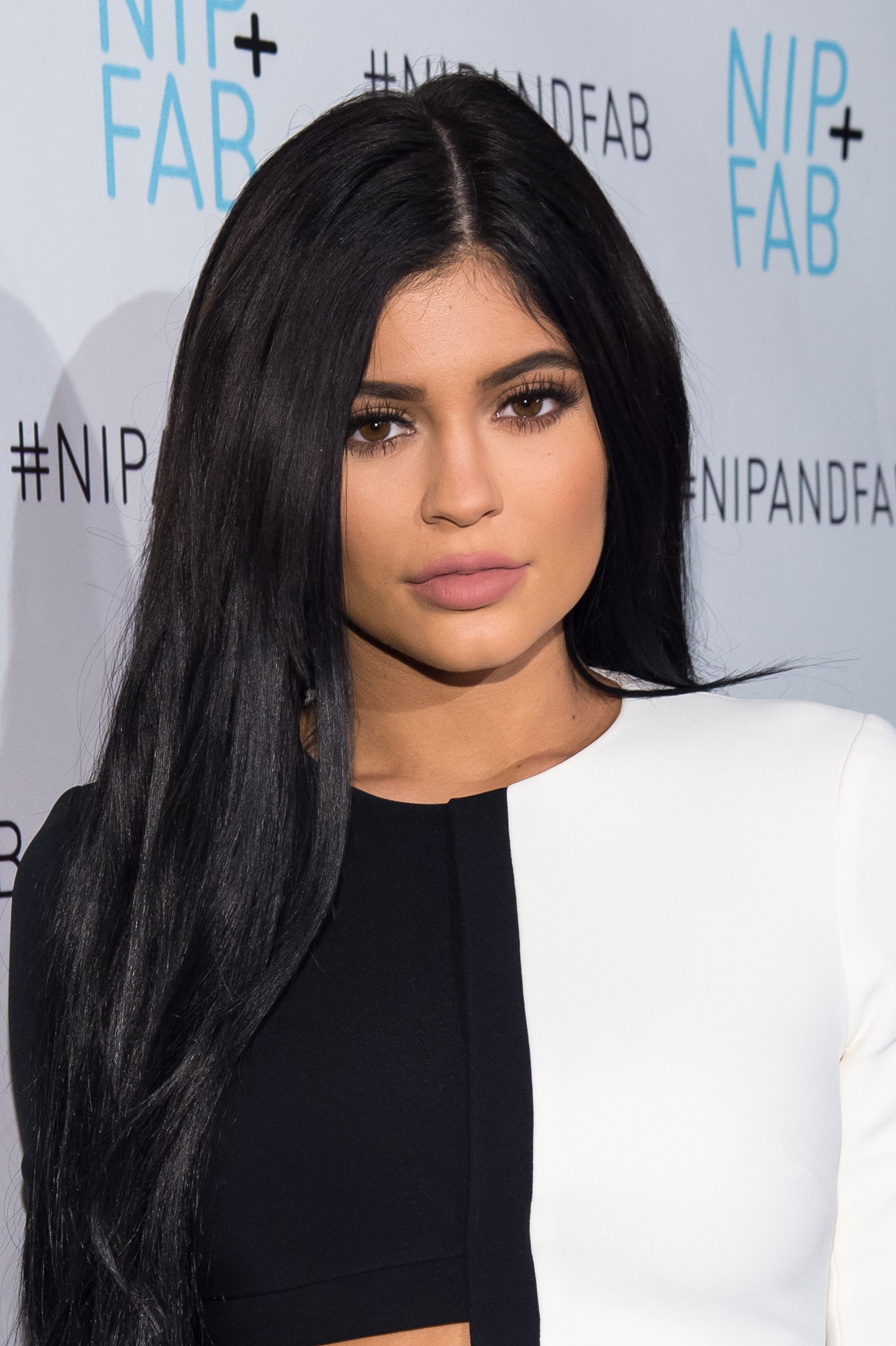Kylie Jenners Short Haircut Reveal Proves Shes Committed To This