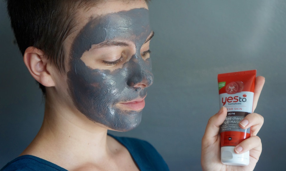 This Is The Most Effective Way To Use A Charcoal Mask Photos