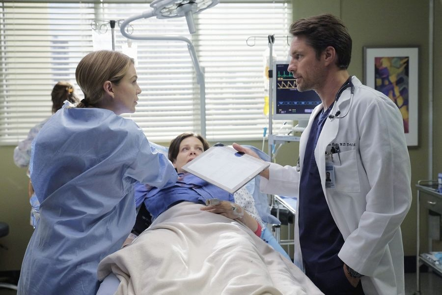 Is Owen Hunt\'s Sister Really Dead On \'Grey\'s Anatomy\'? Riggs Dropped ...