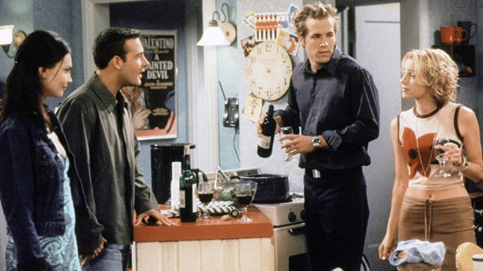 16 Amazing '90s Sitcoms That You've Probably Forgotten About