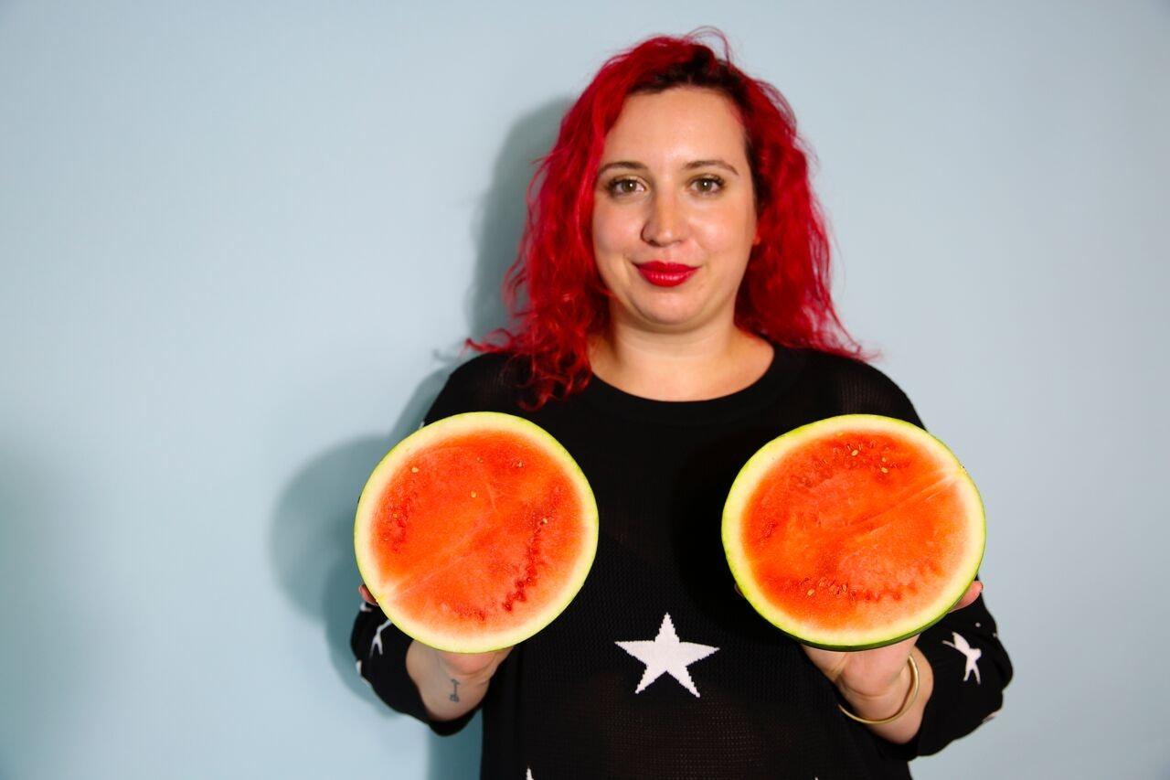 Amazon boob melon tit