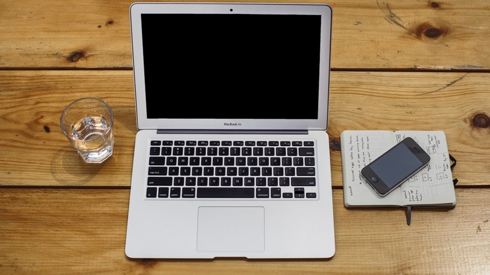 13 Tips For Cleaning & Organizing Your Laptop, Once & For All