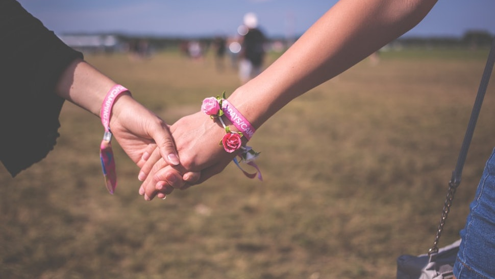 11 Signs A Friend Might Have Borderline Personality Disorder