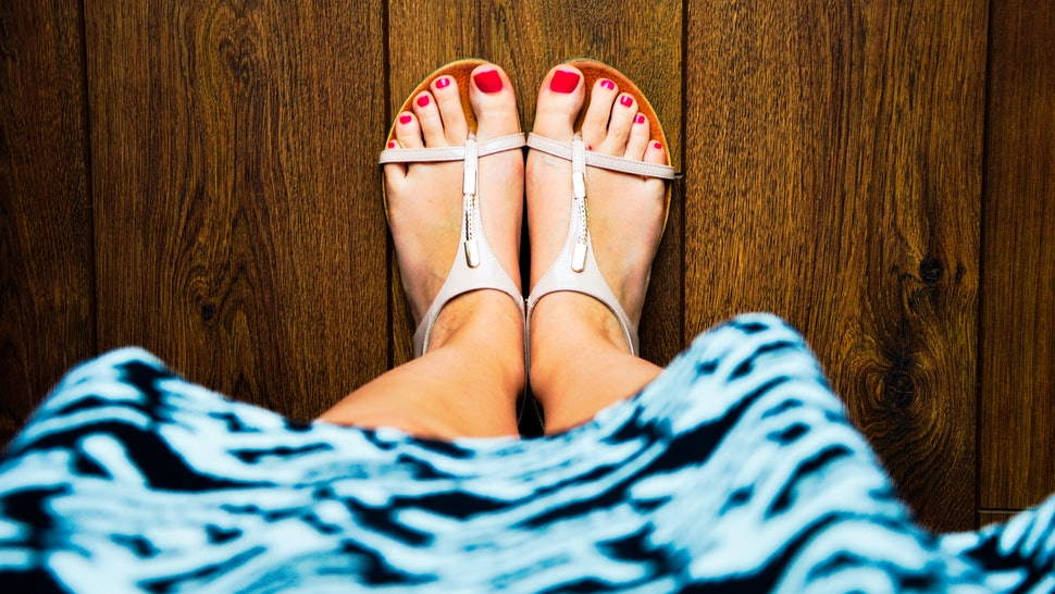 9 Things Pedicurists Wish You Wouldn't Wear To Your Nail