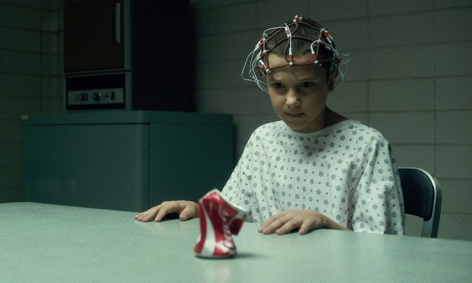 unique stranger things halloween costumes to impress your friends with