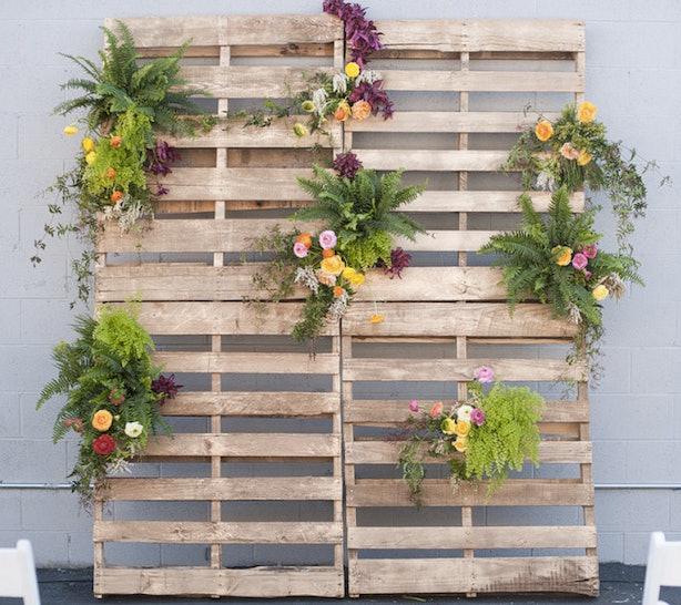Diy Wedding Themes Ideas: 12 DIY Wedding Photo Booth Ideas That Will Save You Money