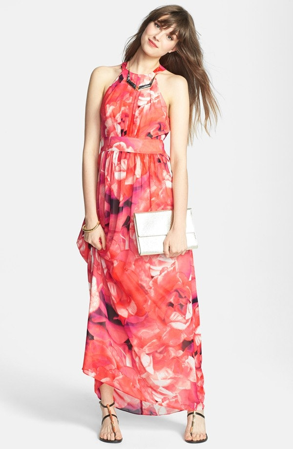 Can You Wear A Long Dress To A Wedding In The Summer 13
