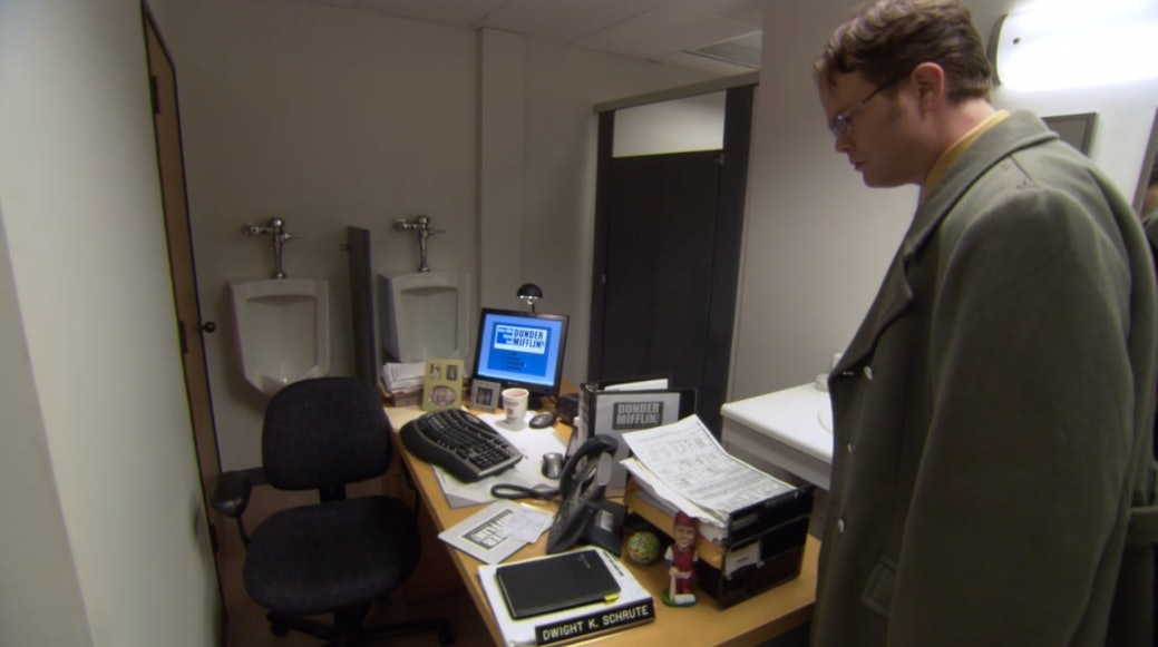 20  u0026 39 the office u0026 39  jim halpert pranks so good  they deserve