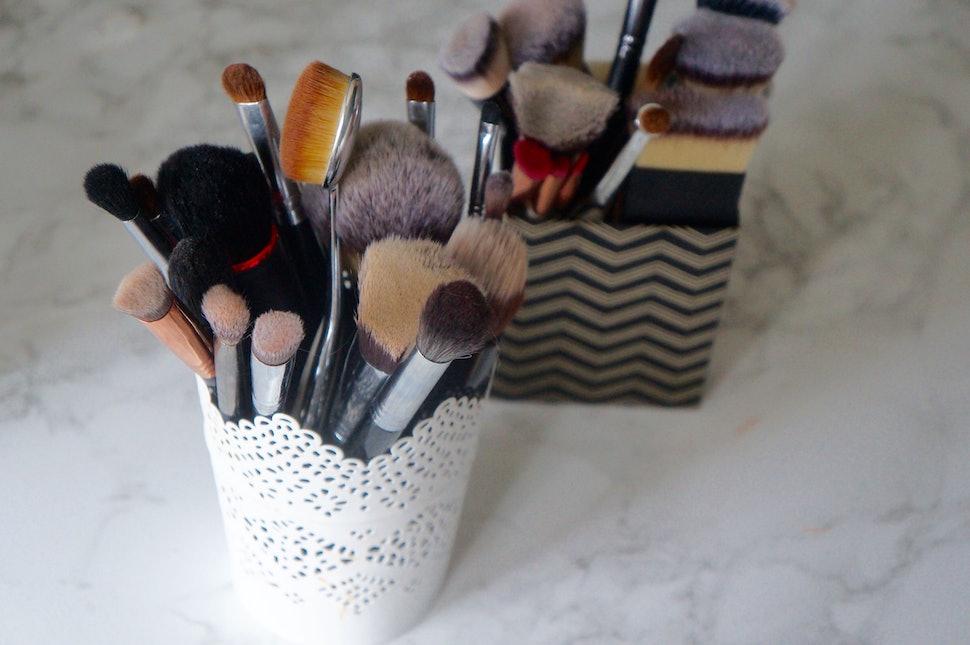6 Big Mistakes You Re Making While Washing Makeup Brushes