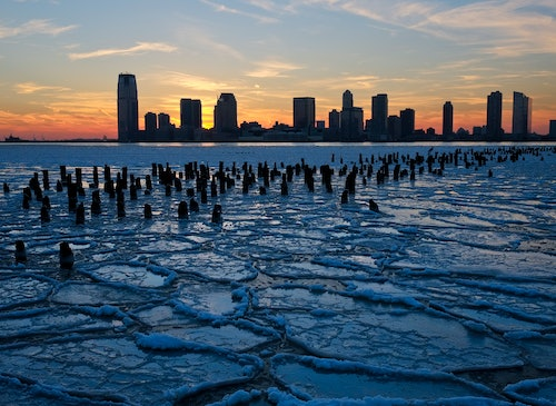 Cool Photos of The Freezing Weather As Polar Vortex Moves
