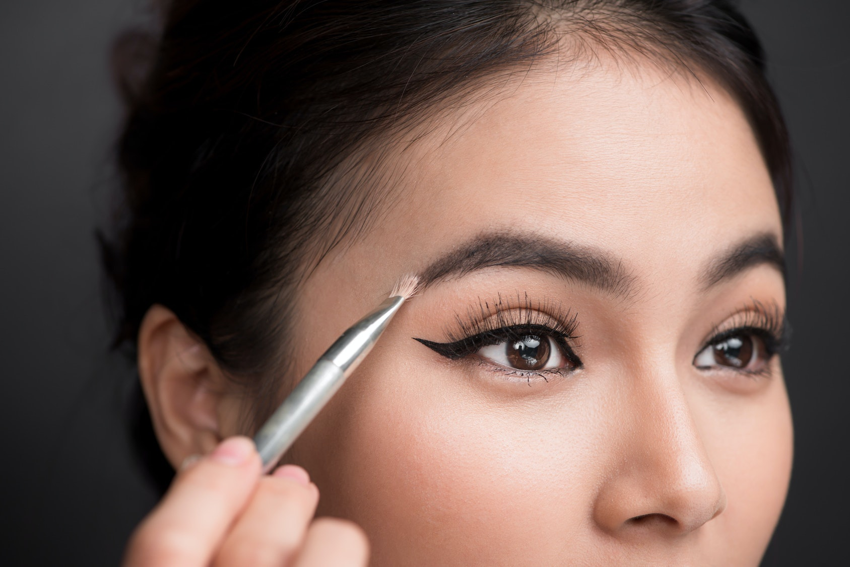 How to Use Brow Potion to Grow Eyebrows advise
