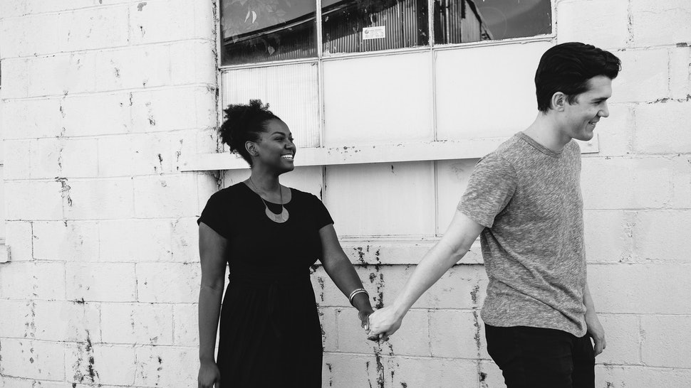8 Little Romantic Gestures To Keep The Love Alive Now That