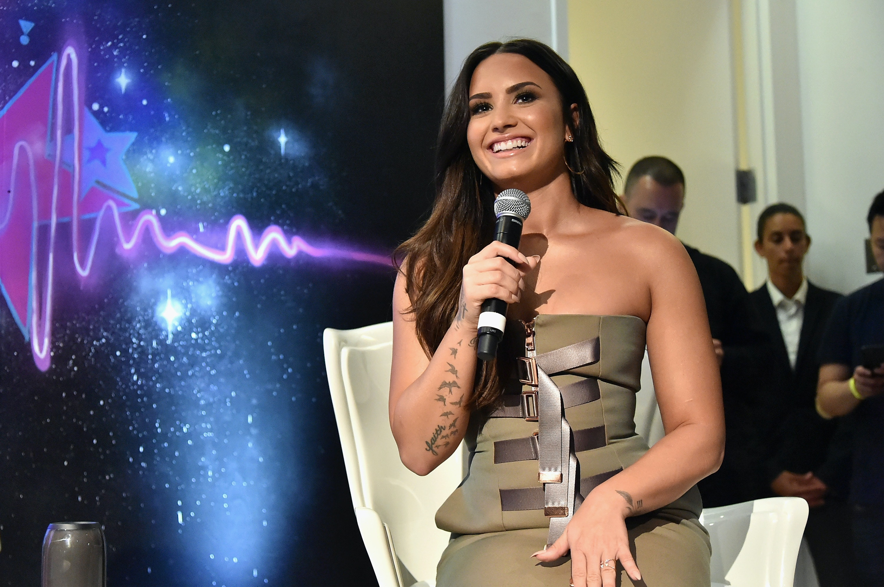 Who Is Demi Lovato Collaborating With Twitter Has Some Guesses