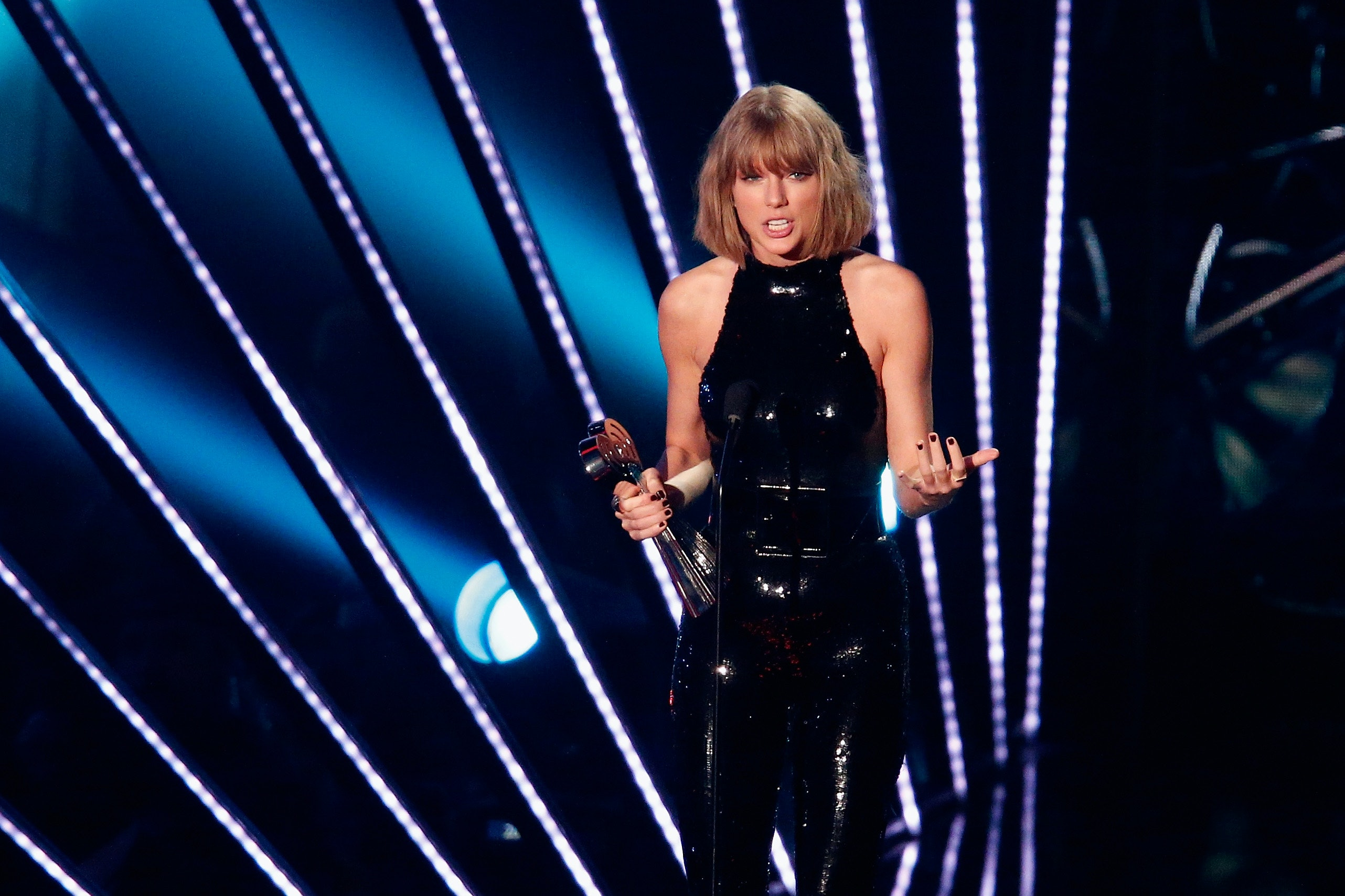 Taylor Swift's Fans Can't Stop Obsessing Over This One Line